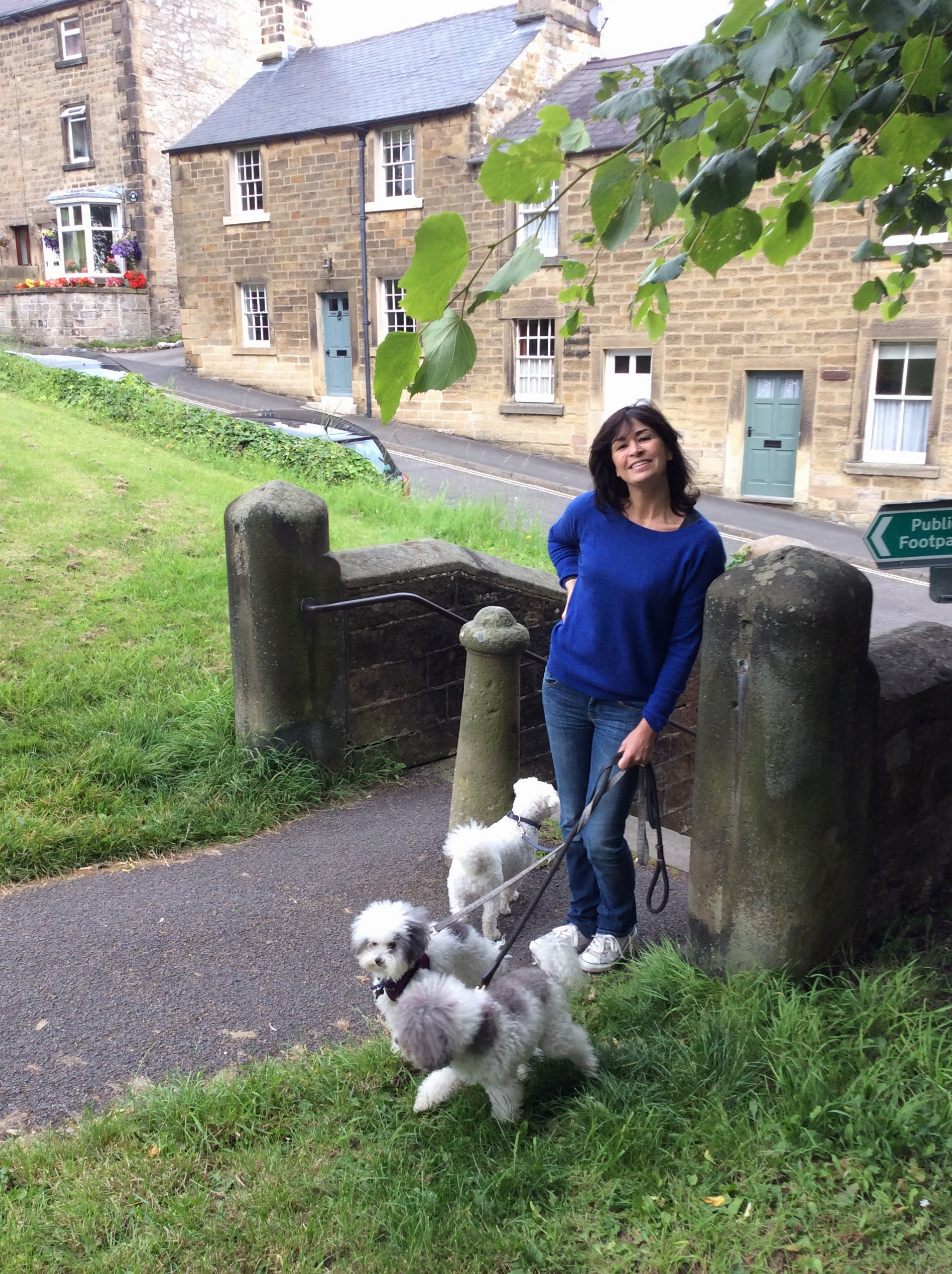 Sadie keeps doggies company while Tim and Jim check out an ancient church in Bakewell.